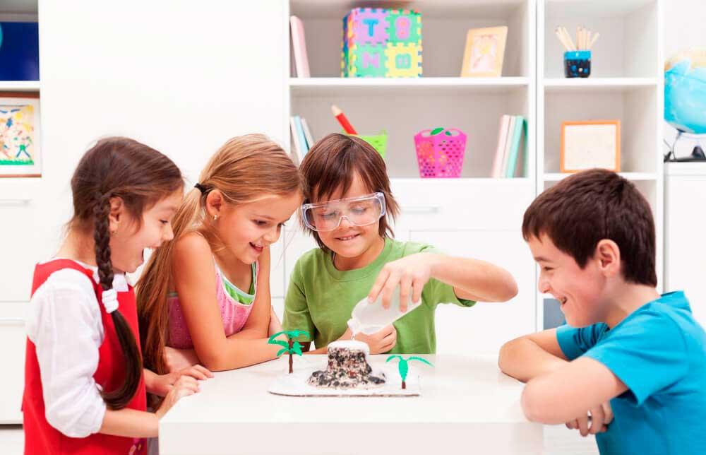 36167-que-tal-criar-um-workshop-de-ciencias-para-os-estudantes